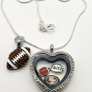 Jewelry - San Francisco 49ers Heart Locket Necklace Floating